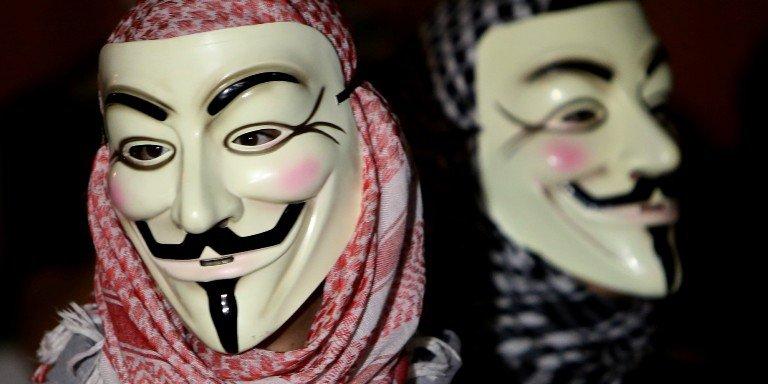 Hackers comprometen 9.200 cuentas de Twitter del Estado Islámico