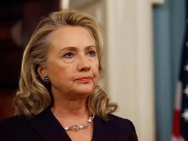 Hillary Clinton eliminó mensajes de su correo electrónico tras ser requeridos por orden judicial