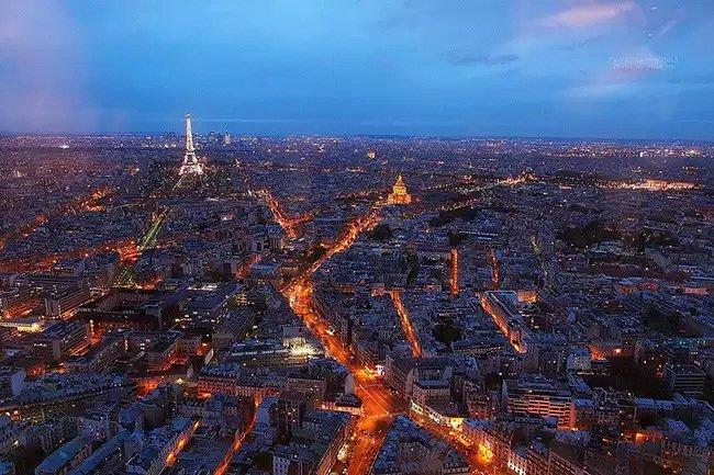 Francia aprueba una ley que permite la vigilancia masiva en Internet sin orden judicial