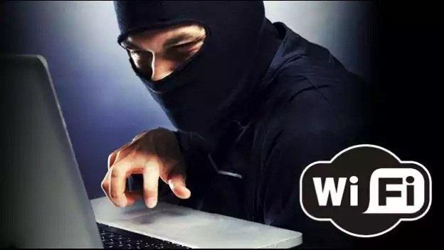 El negocio de robar el WiFi al vecino