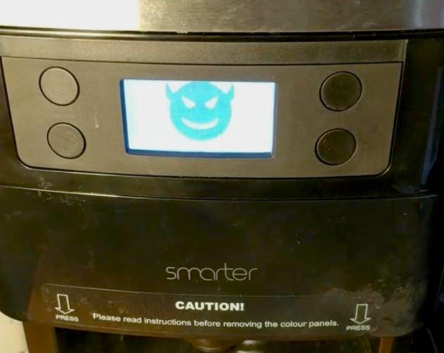 La imagen tiene un atributo ALT vacío; su nombre de archivo es coffeemaker01.jpg