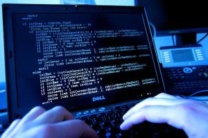 London police chief warns of likelihood of cyber attack-FT