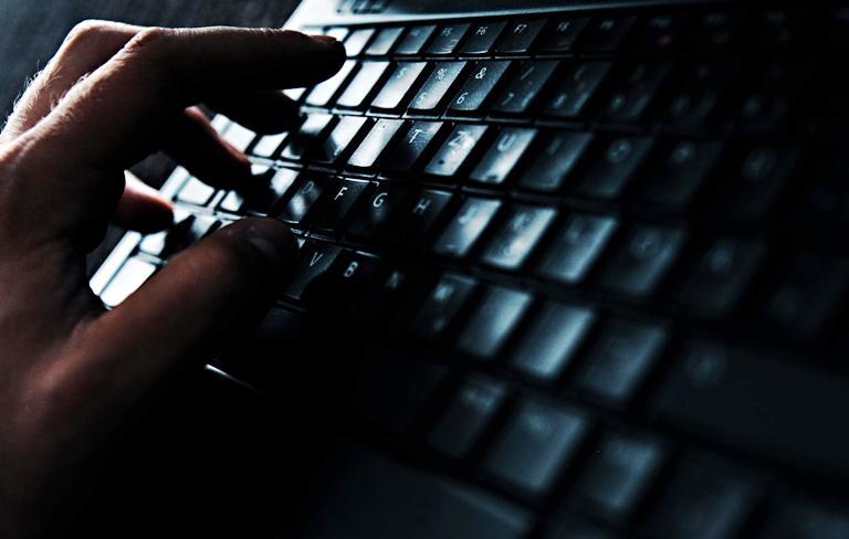 'Hackers' irrumpieron en la página web de 'Forbes