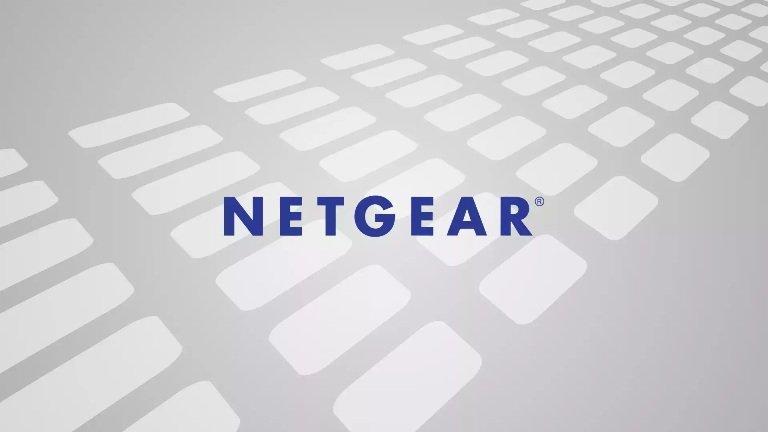 El router NETGEAR WNR2000v4 posee vulnerabilidades que pueden explotarse desde LAN y de forma remota