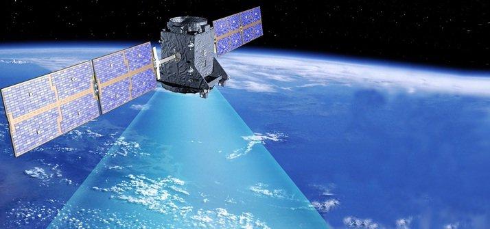 Seguridad de equipos satelitales de navegación y comunicación
