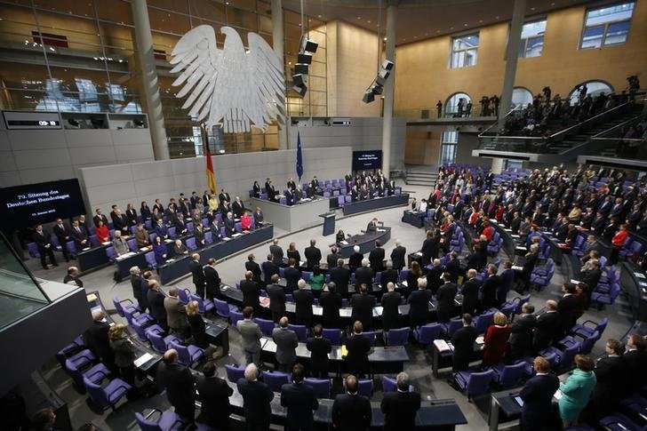 Piratas informáticos desconocidos atacaron el sistema de computación de la Cámara baja del Parlamento alemán.