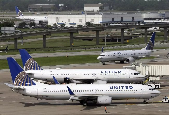 united airlines _