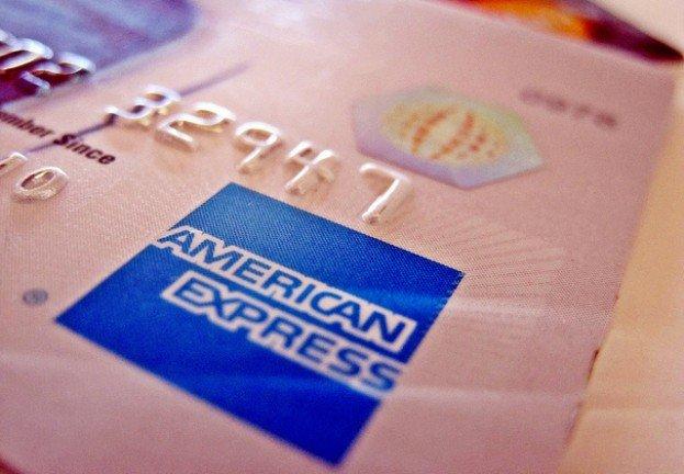 American Express revela que le robaron datos de clientes… hace tres años